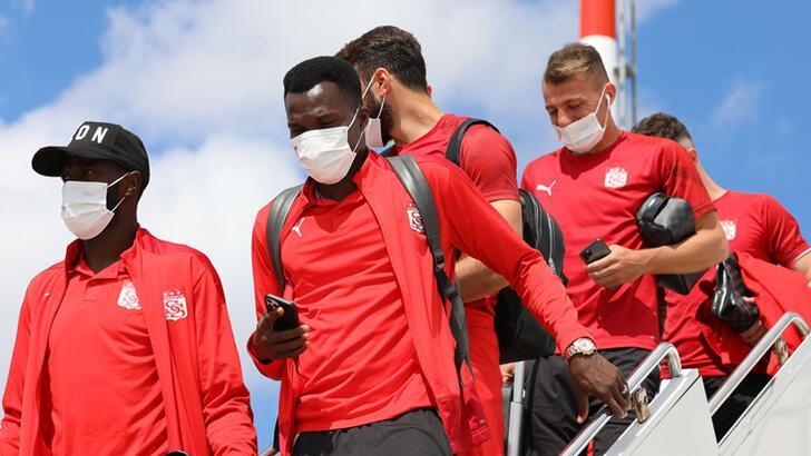 Sivasspor, İstanbul'da kampa girdi! İşte kadro