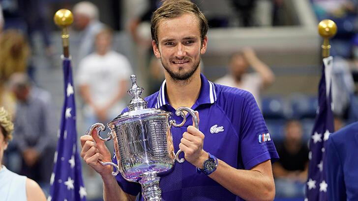 Son dakika - ABD Açık'ta Djokovic'i yenen Daniil Medvedev şampiyon oldu!