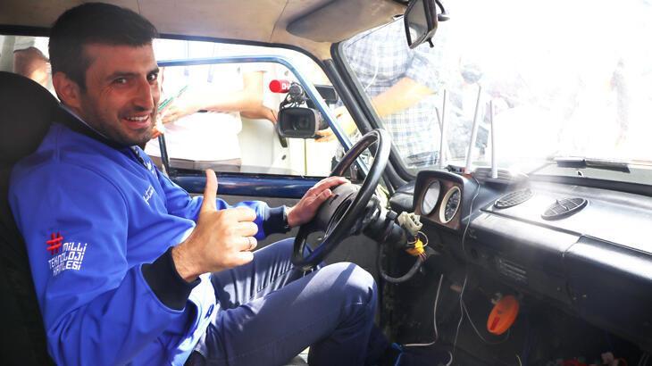 Türkiye'de örneği olmayan sürücüsüz taksiyi Selçuk Bayraktar test etti!