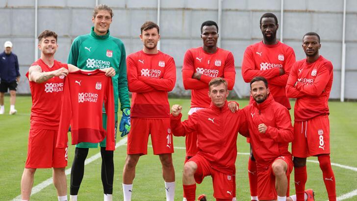 Sivasspor'da Fatih Karagümrük mesaisi