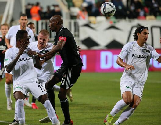 Altay - Beşiktaş maçından görüntüler