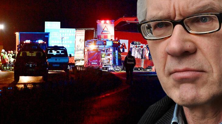İslam karşıtlığıyla bilinen İsveçli karikatürist Vilks ve iki koruma polisi trafik kazasında öldü