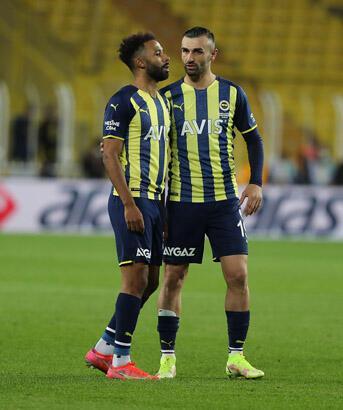 Fenerbahçe - Alanyaspor mücadelesinden görüntüler