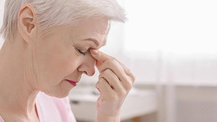 Konuşurken sık sık 'şey' demek Alzheimer belirtisi olabilir!