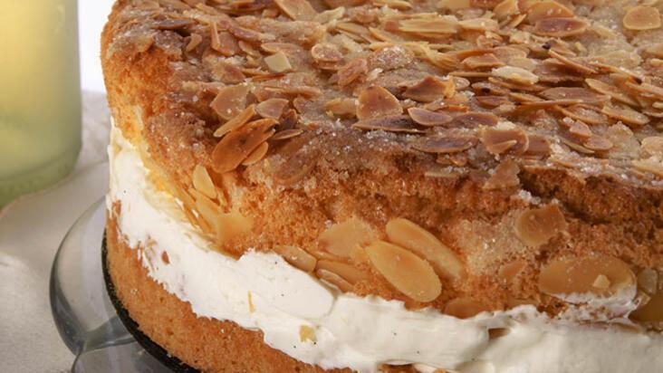 Arı Sokması Pastası Tarifi