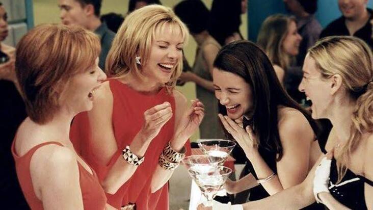 Bekarlar için Sevgililer Günü'nü arkadaşlarla keyifli geçirme rehberi