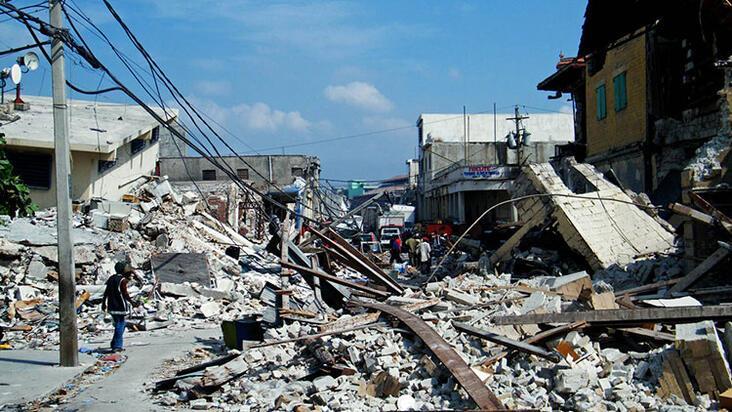 Deprem çantası hazırlamak için depremi beklemeyin!