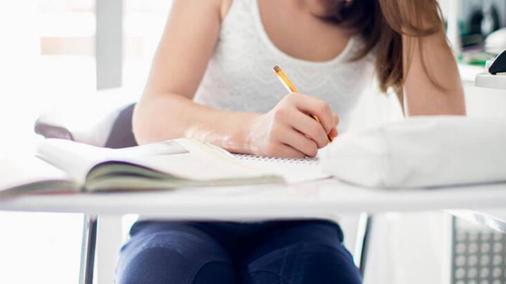YKS'ye hazırlanırken evde verimli çalışmak için 5 taktik
