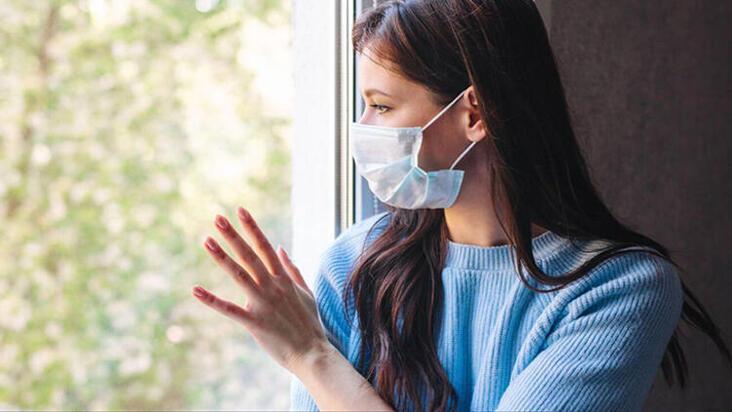 Maske 2022'nin başına kadar hayatımızda mı olacak?
