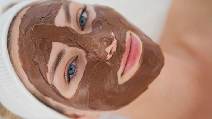 En lezzetli cilt bakımı! Çikolatayı cilt bakımında kullanmanın 8 yolu