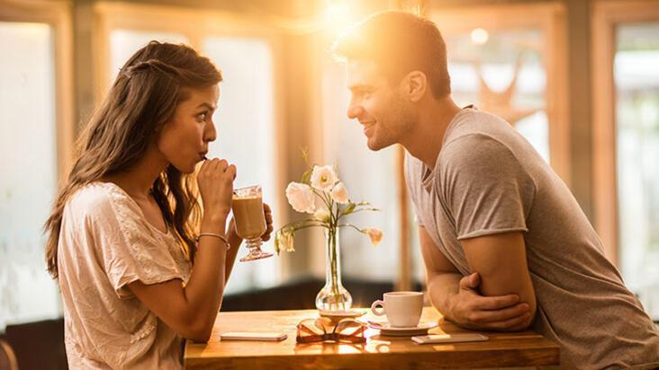 Bir ilişkinin başında asla yapmamanız gereken 10 şey
