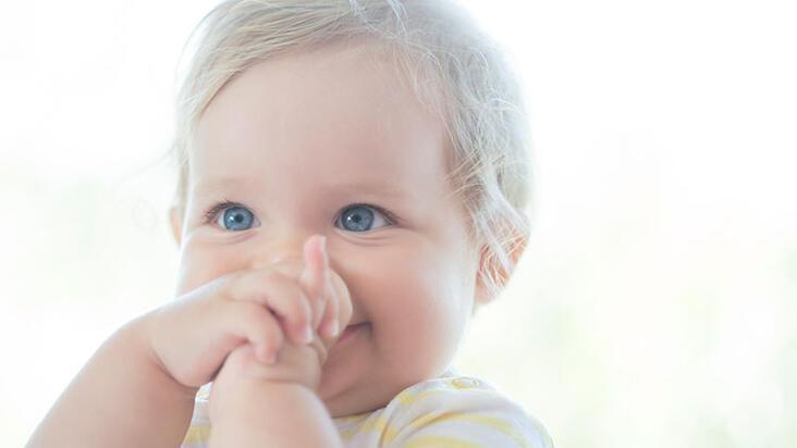 Yaz aylarında bebekler için bol tahıllı, mineralli mamalar tercih edilmeli