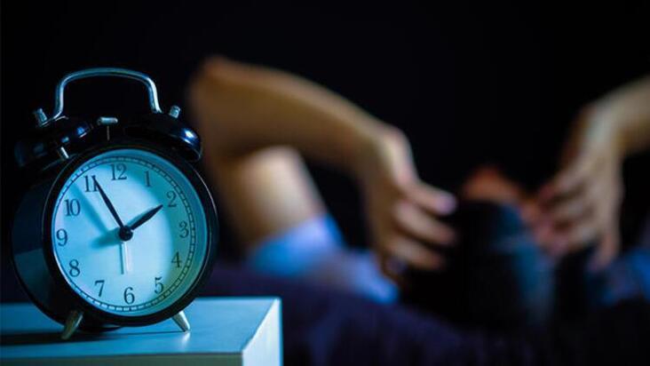 Işıklı bir ortamda uyumanın vücudumuza verdiği zararlar