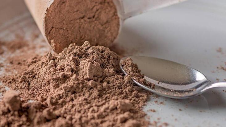 Protein tozları zararlı mı? Kullanılmalı mı? Hangi protein tozlarını tercih edelim?