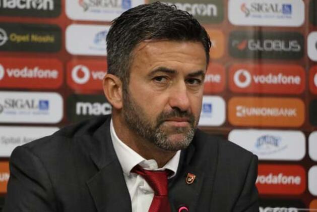 EURO 2020 Elemeleri'nde cuma günü A Milli Takımımız ile karşı karşıya gelecek olan Arnavutluk, maç öncesinde karıştı.(Onur Dinçer / Skorer Özel)