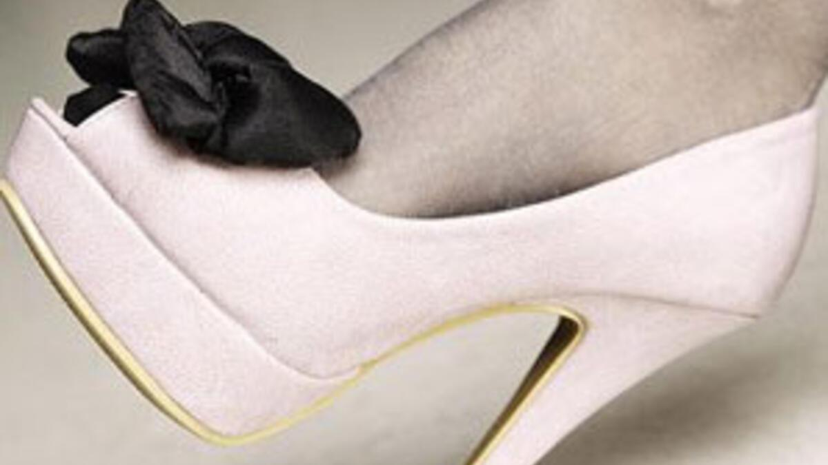 Topuklu Ayakkabi Giymenin Puf Noktalari Cilt Bakimi