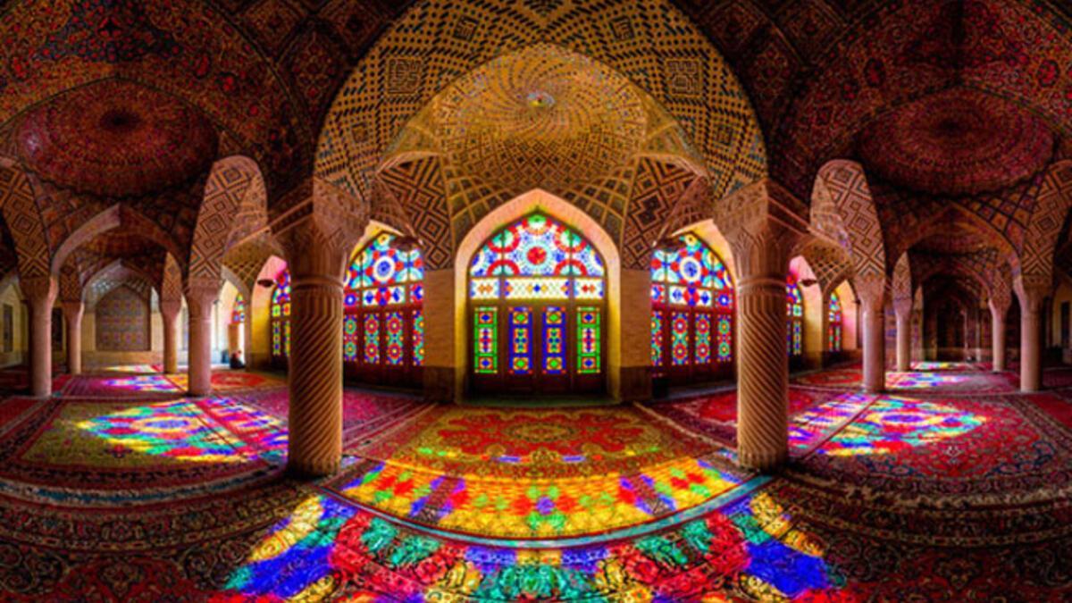 Pembe cami Nasır El-Mülk - Tatil Seyahat Haberleri