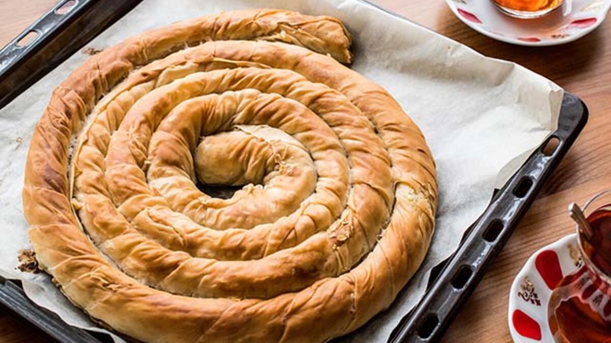 Boşnak böreği tarifi | Boşnak böreği nasıl yapılır? | Kıymalı boşnak böreği  tarifi | Boşnak böreği - Yöresel Lezzetler