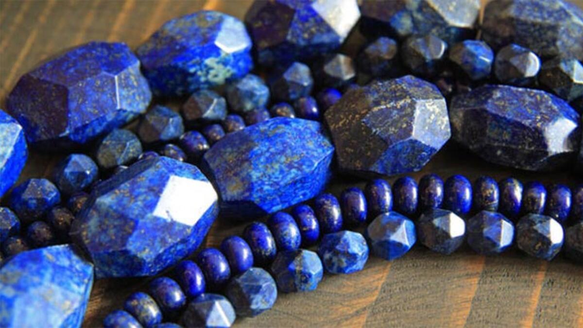 Lapis Lazuli Taşı Nedir, Nasıl Oluşur? Lapis Lazuli Taşının Özellikleri,  Anlamı Ve Faydaları Nelerdir? - Sağlık Haberleri