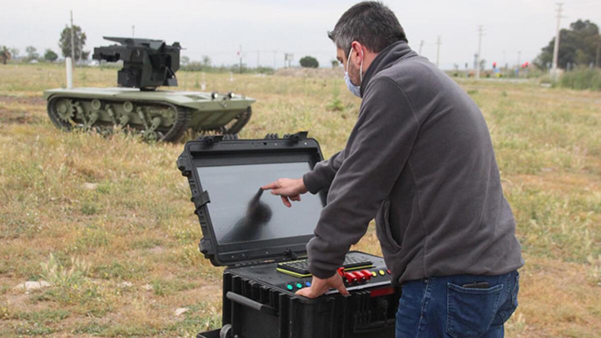 Türkiye'nin ilk insansız mini tankı TSK envanterine giriyor ...