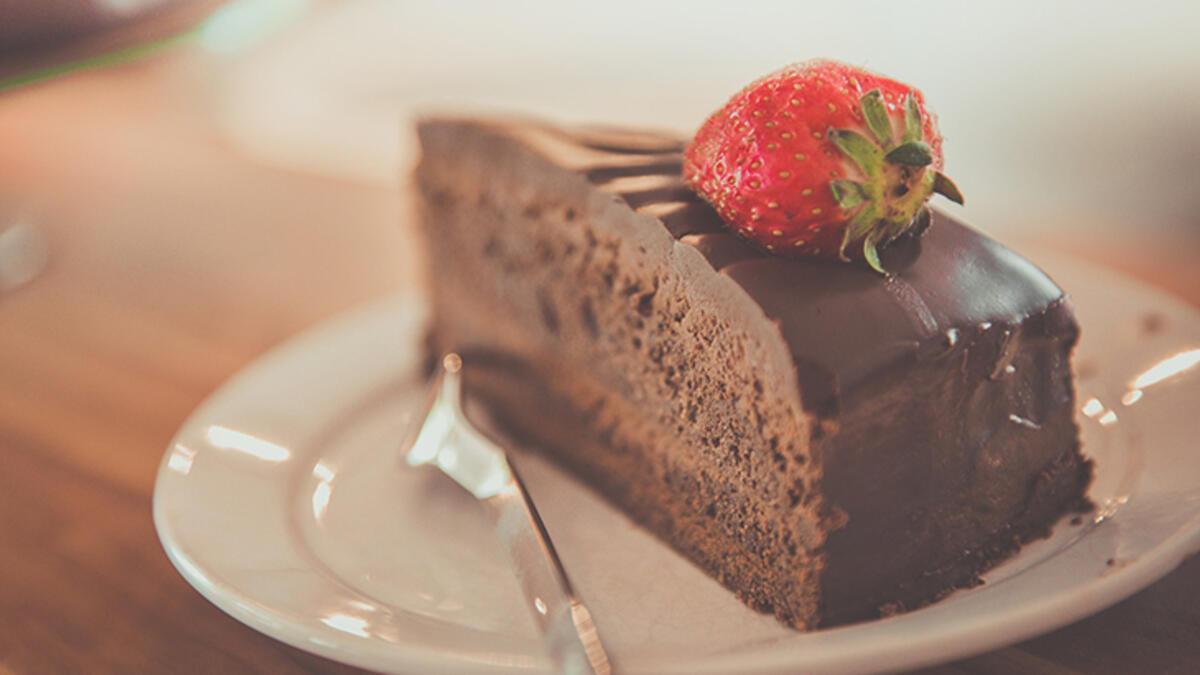 Rüyada Pasta Görmek Ne Demek? Pasta Yapmak, Yemek Ne Anlama Gelir? - Rüya  Tabirleri