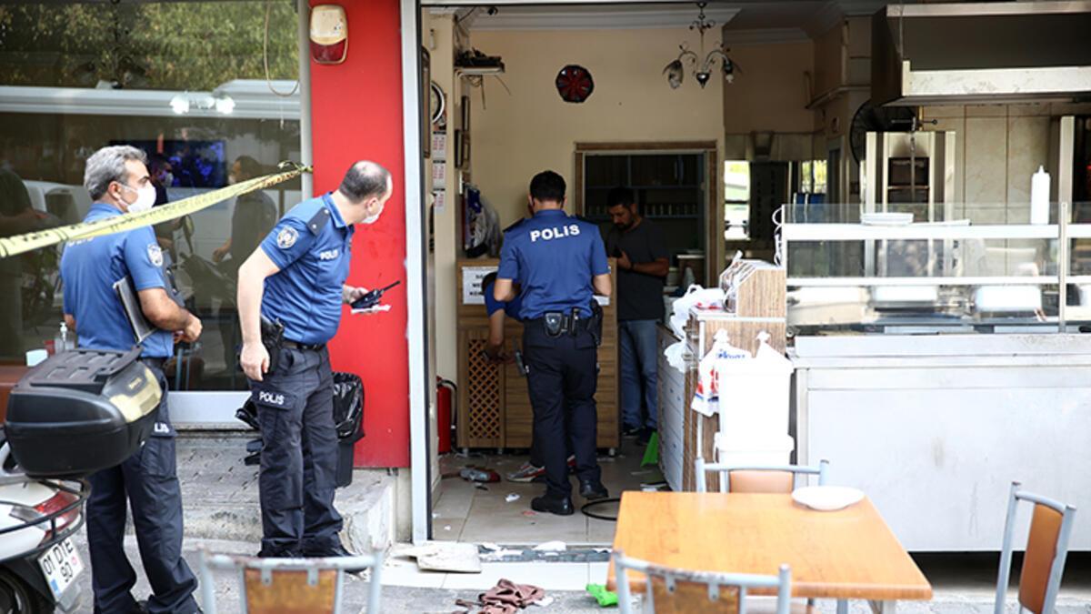 Adana'da kafeye sipariş baskını : 2 yaralı