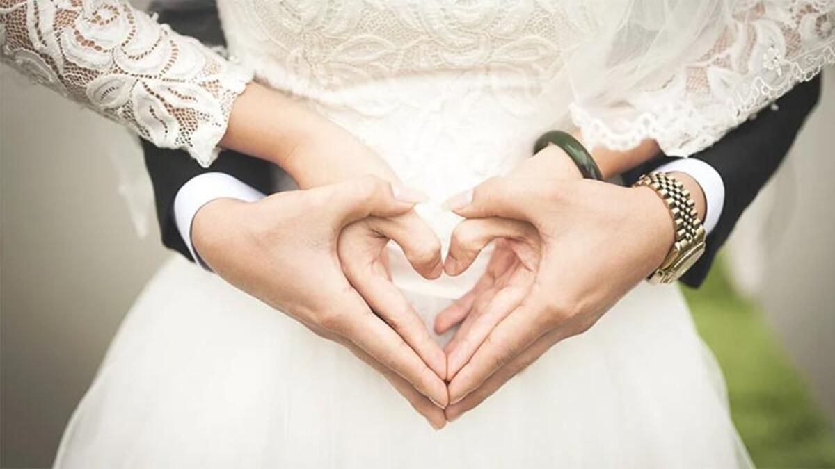 Düğün Halay Şarkıları Listesi 2020 - Düğünde Çalınabilecek Halay Müzikleri Ve İsimleri