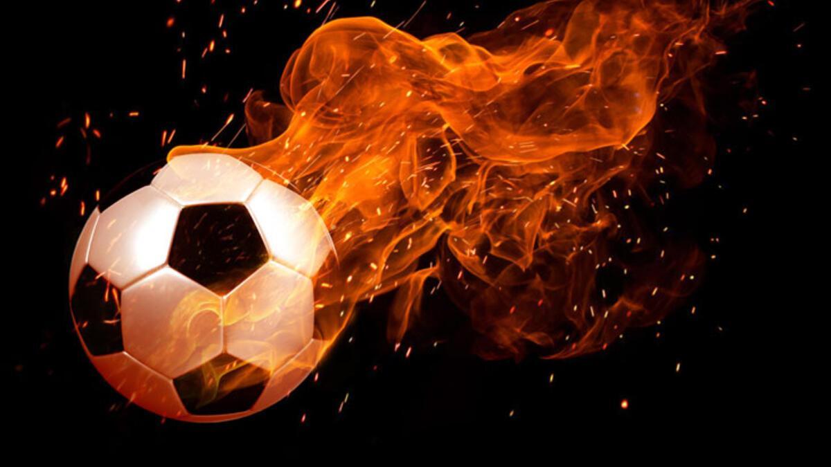 Son dakika   Trabzonspor'da Ekuban'ın Covid-19 testi pozitif çıktı