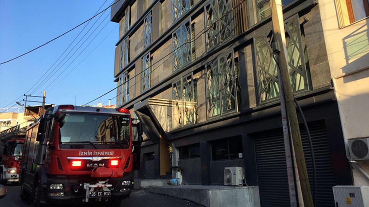 5 katlı binanda korku dolu anlar! Tek tek kurtarıldılar