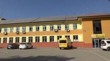 Devlet okulu elektrik üreterek kara geçti