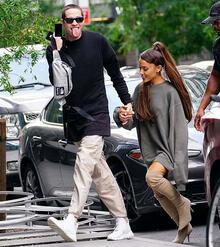 Ariana Grande hamile mi?