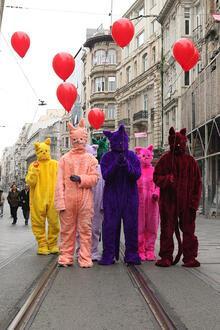 İstiklal Caddesi'ni kediler bastı