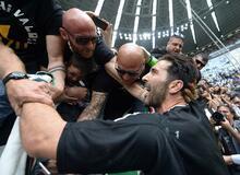 Buffon gözyaşlarıyla Juventus'a veda etti