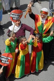 BDP'li Karabaş: Kürtler yaşamı cehenneme çevirecek