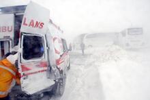 Sivas'taki iki ayrı zincirleme trafik kazası