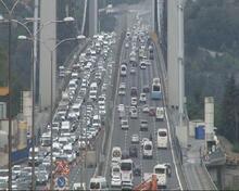 Son dakika... Köprüdeki çalışma trafiği felç etti
