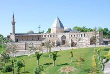 Kemikleri karışan Selçuklu Sultanları için ikinci kez cenaze namazı kılındı