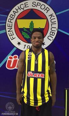 Bobby Dixon resmen Fenerbahçe Ülker'de!