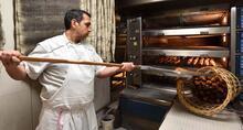 Macron'un ekmeklerini yapacak