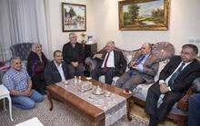 Başbakan Yıldırım'dan teravih sonrası ev ziyareti