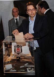 Beşiktaş'ın yeni başkanı Fikret Orman