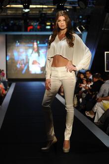 Joanna Krupa Forum Fashion Week