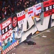 Ajax - Barcelona maçında şok!