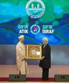 Emine Erdoğan: Türkiye 'sıfır atık' konusunda tüm Müslüman toplumlara liderlik yapabilir