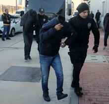 Son dakika: Tüm mal varlıklarına el konuldu! 'Ev hapsi' cezasına çarptırıldılar