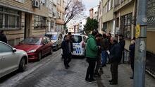 Son dakika... Kadıköy'de 'ters duruyor' diye aracı ateşe verdi