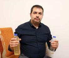 Marketten aldığı pet şişedeki suyun rengi değişti