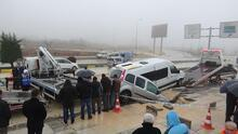 Gaziantep'te yol çöktü, 13 kişi yaralandı