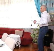 Murat Özdemir'in görüntüsü olay yarattı: Neden çığlık çığlığa bu papağan?