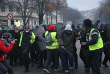Paris'te meydan savaşı